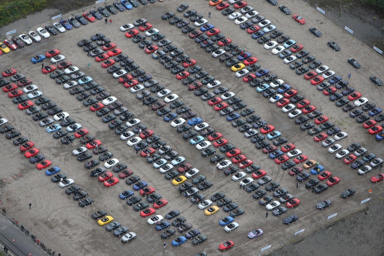 Foto de Concentración Mazda-MX5 2010 en Essen  (7/11)