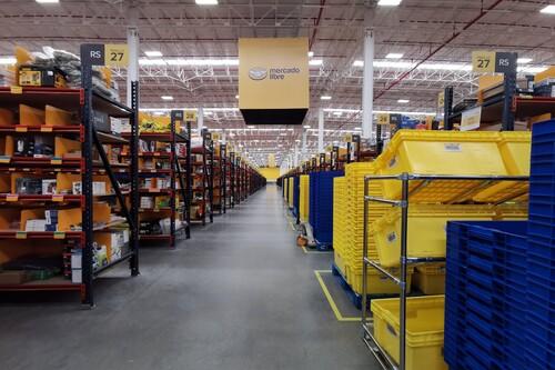 "Vendedores de Mercado Libre aseguran perder miles de pesos en productos ""extraviados"" por la bodega en Estado de México"