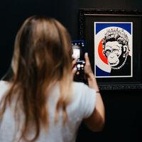 El arte callejero de Bansky en Madrid, Photokina suspendida sine díe, Black Friday para aburrir y más: Galaxia Xataka Foto