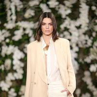 Una tienda convertida en pasarela con Kendall Jenner y Bella Hadid. Así ha sido el desfile de Ralph Lauren