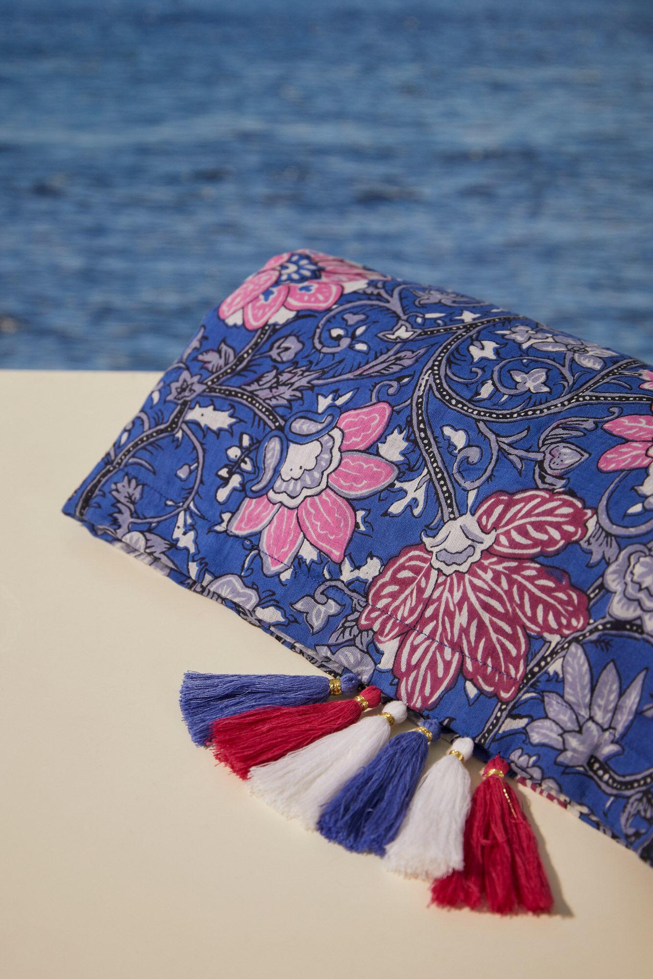 Toalla estampado floral 100% algodón