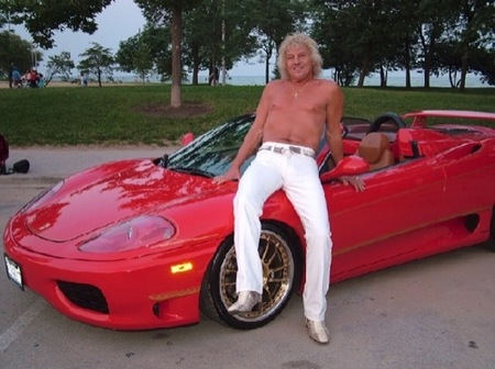 Autobizarrismo: Ferrari 360 con chófer un tanto especial por 300$ la hora