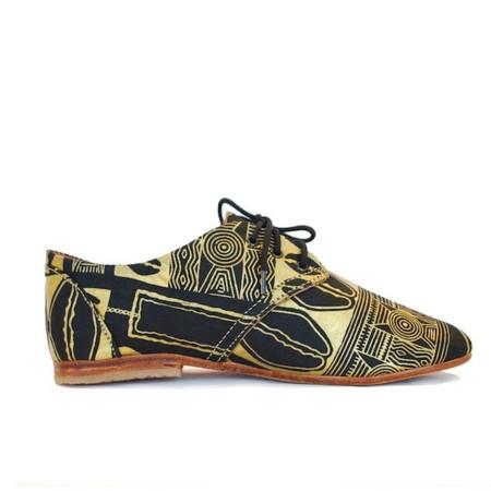 Los zapatos que querrás llevar esta primavera tienen nombre y apellido: Carla Osborn