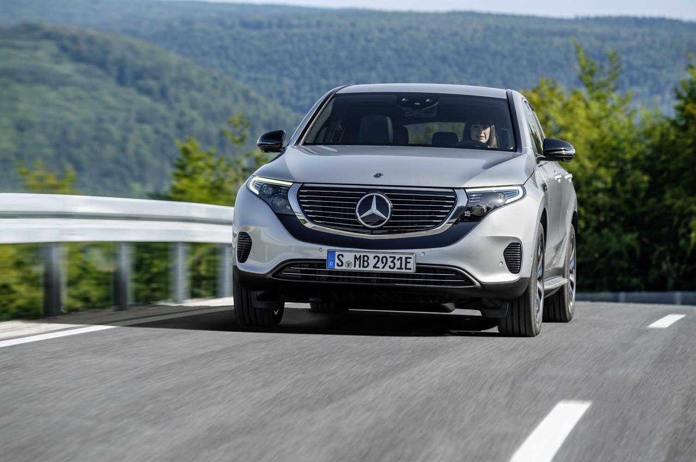 Foto de Mercedes-Benz EQC 2019 (73/74)