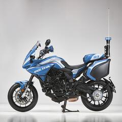 Foto 7 de 20 de la galería mv-agusta-turismo-veloce-800-lusso-scs-de-la-policia-de-milan en Motorpasion Moto