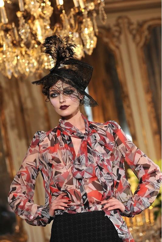 Foto de John Galliano Otoño-Invierno 2011/2012 en la Semana de la Moda de París: sobre la pasarela, un genio (4/13)