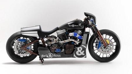 Bell & Ross Nascafe Racer, la Harley-Davidson customizada por Shaw Speed & Custom
