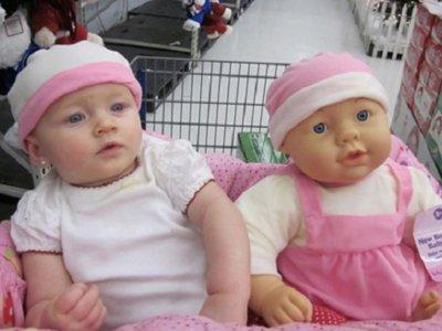 14 niños que son idénticos a sus muñecos