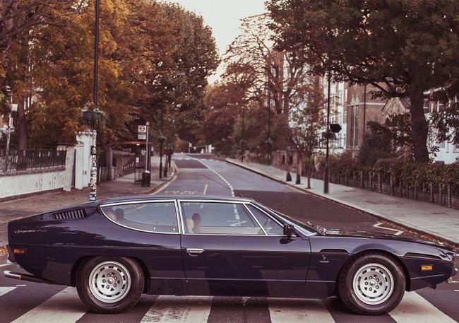 Lamborghini Espada hace el paseo de Los Beatles en Londres
