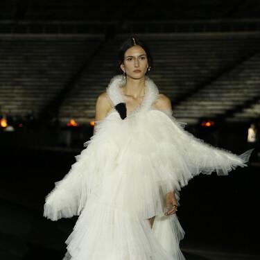 Dior nos deja sin palabras con su colección Crucero 2022, un espectacular desfile con Atenas como telón de fondo