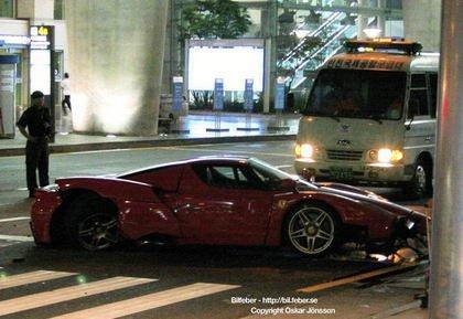 El Ferrari Enzo no está hecho para cualquiera...