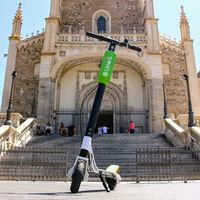 Lime está retirando su flota de patinetes eléctricos de Madrid cumpliendo con lo requerido por el Ayuntamiento