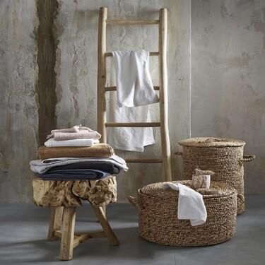 Orden en casa: 17 cestos para la ropa sucia bonitos y funcionales de El Corte Inglés, Amazon, Kave Home, La Redoute y Made