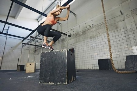 Si quieres correr más rápido, incluye los ejercicios con saltos en tu entrenamiento