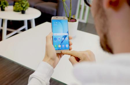 Bixby, el asistente propio de Samsung, es oficial: contexto, gran espectro de tareas y tolerancia cognitiva