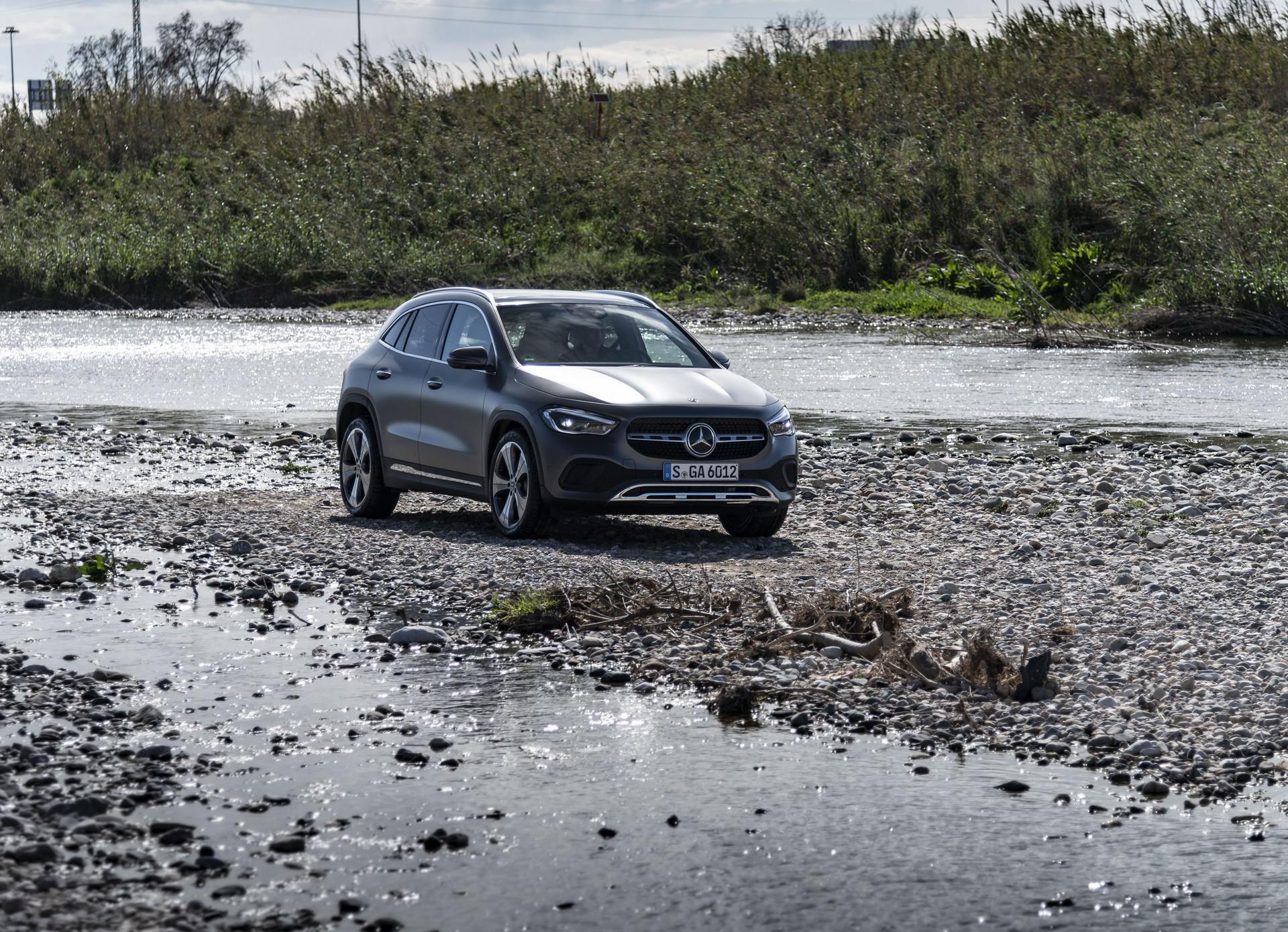 Foto de Mercedes-Benz GLA 2021 (34/103)