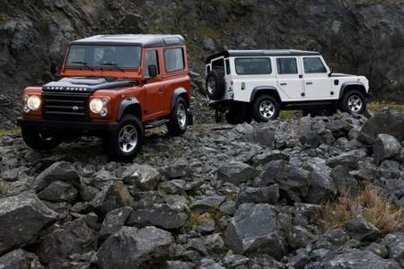 land_rover_defender_fire_ice_02.jpg