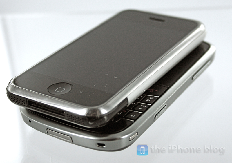 BlackBerry Bold vs iPhone