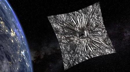 Primeras señales recibidas de un satélite diseñado para alcanzar su órbita con una vela propulsada únicamente por luz solar