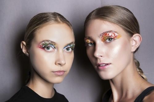 31 maquillajes para lucir en carnaval inspirados por las semanas de la moda