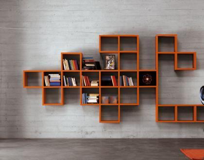 Consejos para ampliar el espacio en una estantería o librería (III)