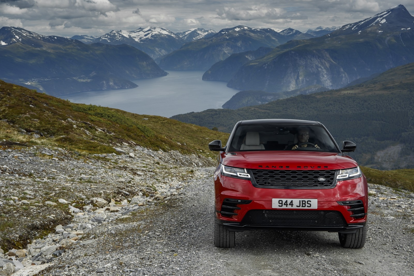 Foto de Range Rover Velar (24/31)