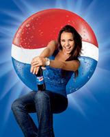 Chenoa repite como chica Pepsi