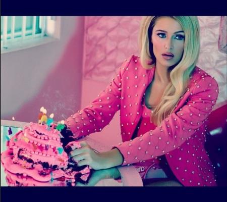 Parishilton Tarta Barbie