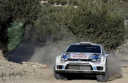 Rally de Catalunya 2013: Sébastien Ogier encabeza el doblete y el título de Volkswagen