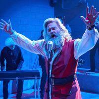'Crónicas de Navidad' tendrá secuela: Chris Columbus ficha por Netflix para dirigir al Santa Claus de Kurt Russell