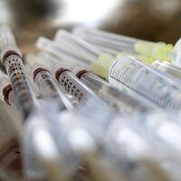 Alguien en México está falsificando una vacuna de la influenza que todavía ni siquiera es aprobada por Cofepris