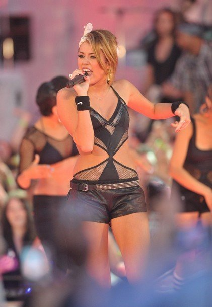 MuchMusic Video Awards 2010: Miley Cyrus