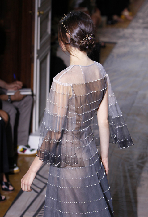 Foto de Todas las imágenes de Valentino Alta Costura Otoño-Invierno 2011/2012 (27/37)