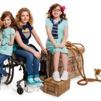 ¿Nuevo paso para la democratización de la moda? Tommy Hilfiger lanza una línea de ropa apta para niños discapacitados