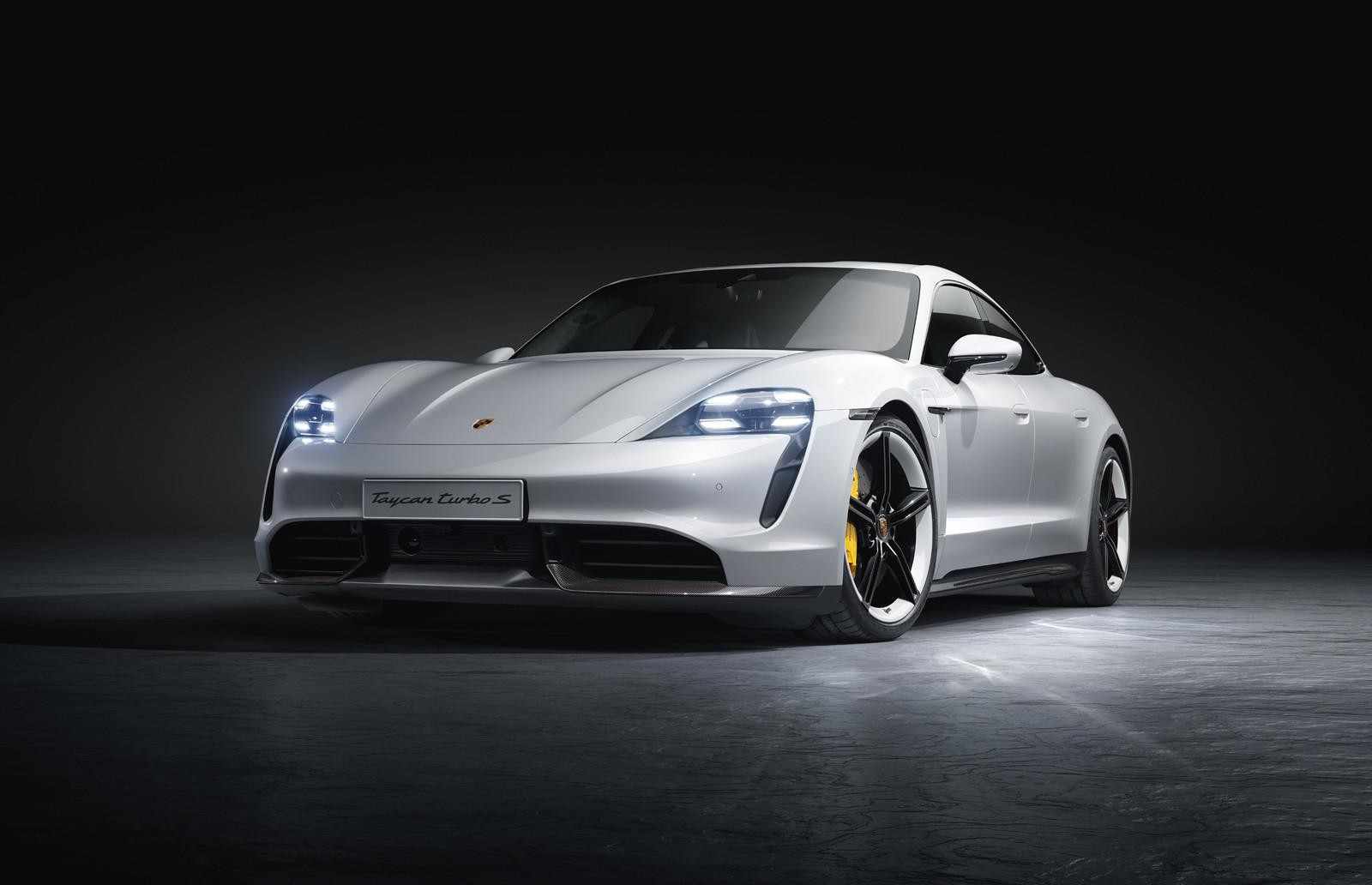 Foto de Porsche Taycan (11/21)