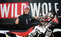 Gerard Farrés se une a la escuadra Wild Wolf para el Rally Dakar 2013