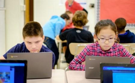 Los Chromebooks conquistan las aulas estadounidenses, Apple y Microsoft se quedan atrás