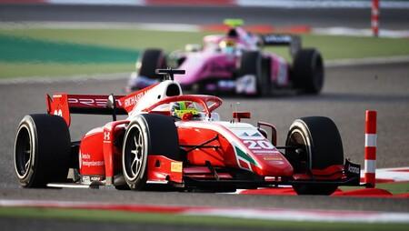 Mick Schumacher consigue el título de la Fórmula 2 pese a una errática carrera final en Sakhir