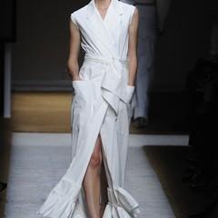 Foto 4 de 17 de la galería yves-saint-laurent-primavera-verano-2010-en-la-semana-de-la-moda-de-paris en Trendencias