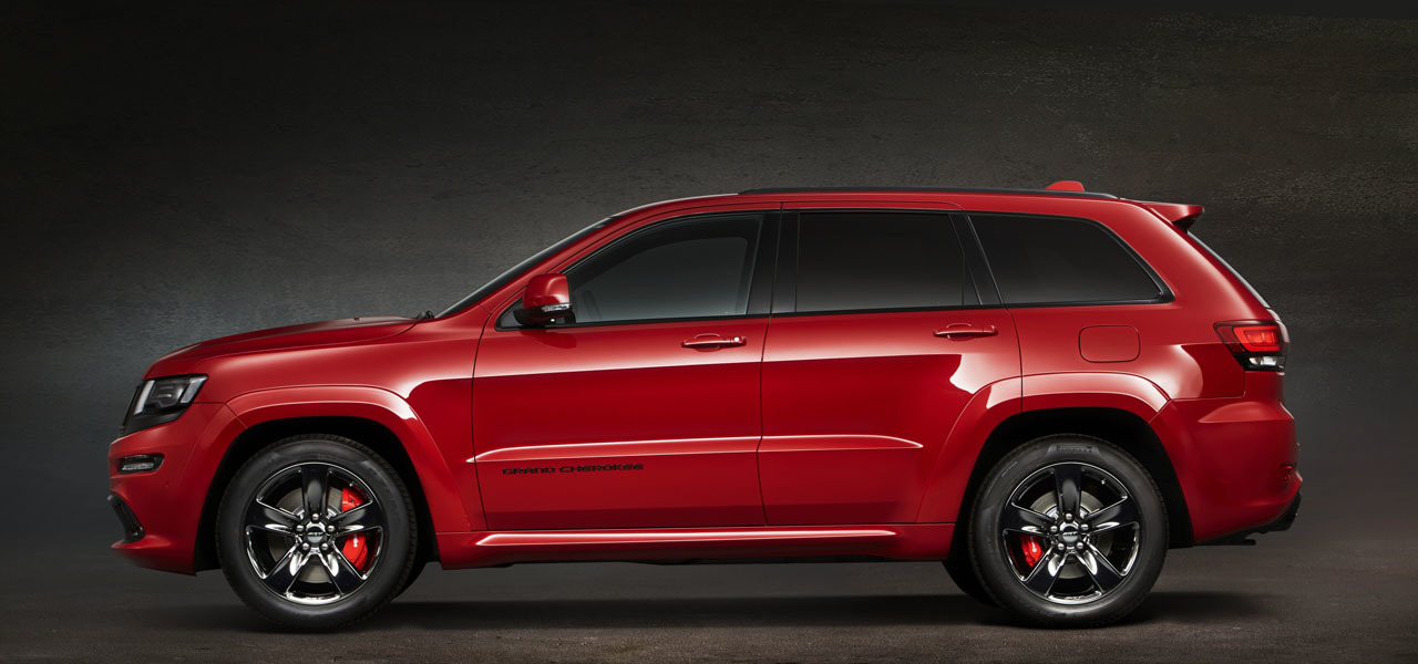 Foto de Jeep Grand Cherokee SRT Red Vapor (3/8)