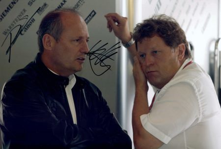 Norbert Haug desmiente que Mercedes esté intentando comprar McLaren