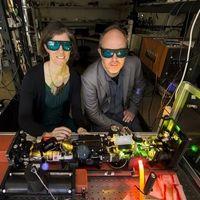 Cristal dopado con erbio: el material perfecto para una internet cuántica