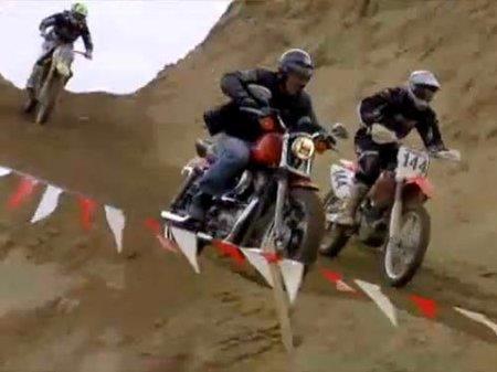 Más dificil todavía, Harley Davidson Sporster haciendo Motocross