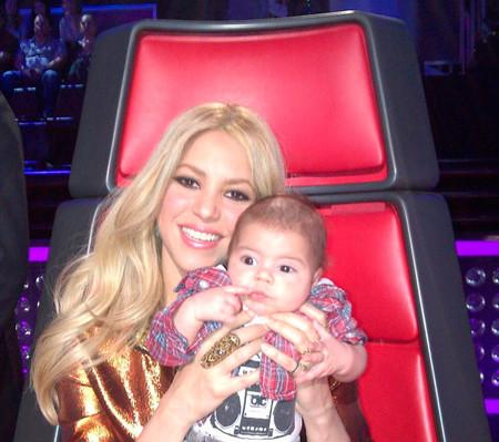 Shakira presume de nene en el trabajo