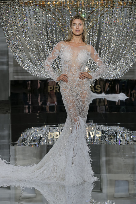 Pronovias Ny Fashion Show Risuena 2