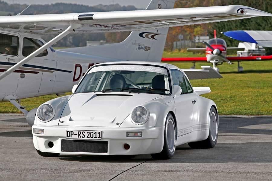 Foto de DP Motorsports Lightweight Porsche 911 (1/10)