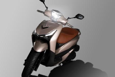 SYM HD 300: Llega un nuevo rival para los scooter prácticos de rueda alta