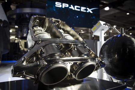 Elon Musk explica cómo serán las bombas atómicas para la terraformación de Marte