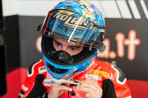 Marco Melandri: ¿Campeón de Superbike o espectador en primera fila?