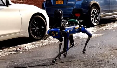Robocop ya está entre nosotros y ni nos habíamos dado cuenta: Spot ahora es un perro policía que recorre las calles de Nueva York